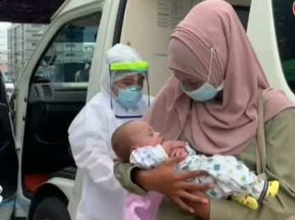 สุดประทับใจ! ทารกน้อยวัย 5 เดือน กลับสู่อ้อมอกแม่ชาวปัตตานี หลังพิษโควิด-19 ทำพรากจากกัน